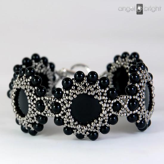 "Bracelet ""Onyx Flowers"" – Silver"