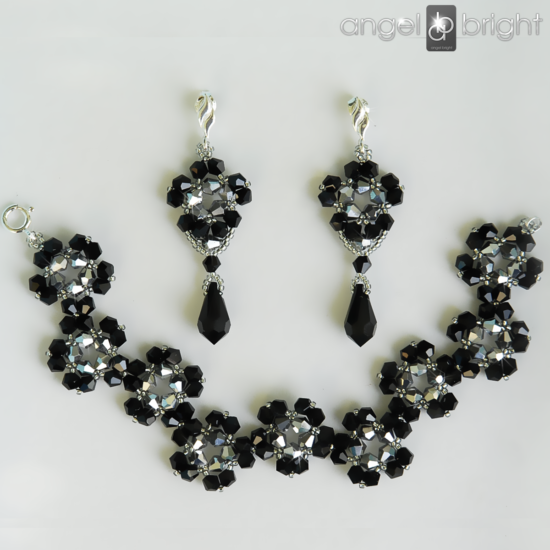 Set Bracelet and Earrings – Black and Silver Flowers – Sterling Silver