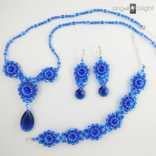 "Set ""Sapphire Shining"" earrings, bracelet and necklace – Swarovski – Silver"