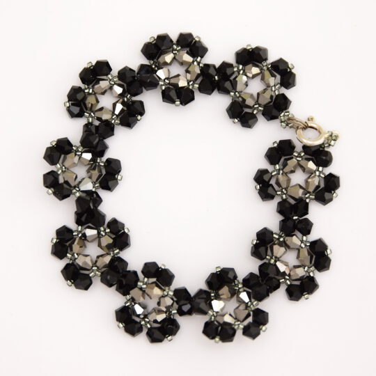 Bracelet – Black and Silver Flowers – Sterling Silver