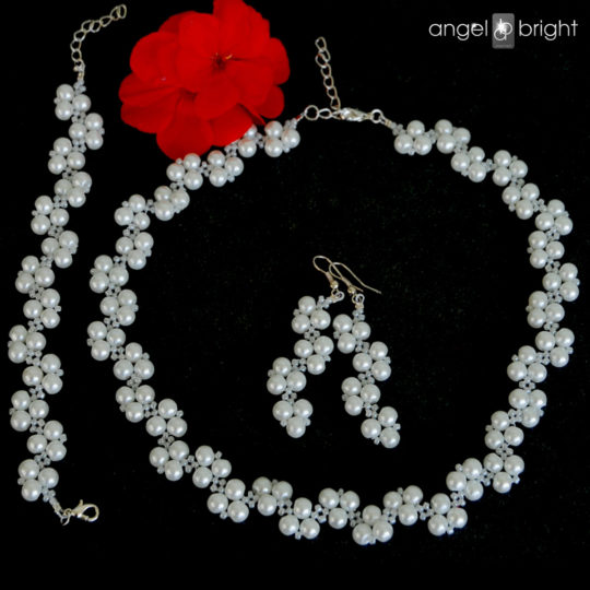 Set of White Pearls - Silver Plated