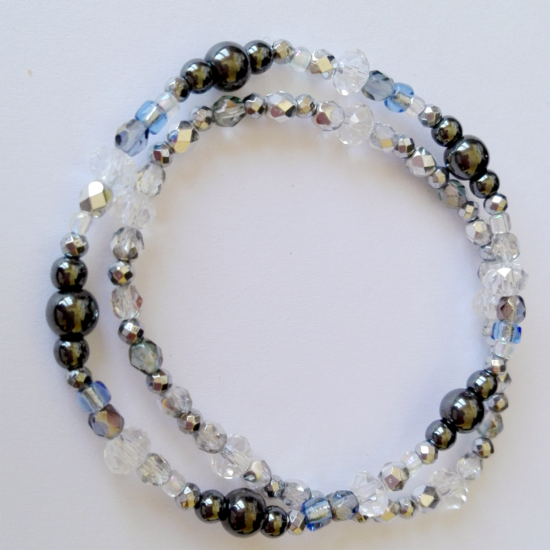 Energetic crystal bracelets with hematites - set