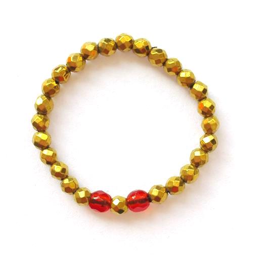 Гламурное кольцо из золотого гематита