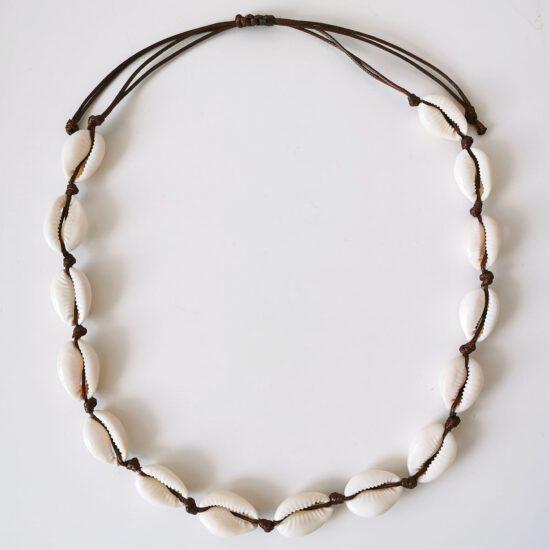 Naszyjnik- MUSZELKI - brązowy sznurek